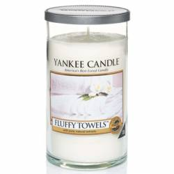Yankee Candle Pillar Glaskerze mittel 340g Fluffy Towels