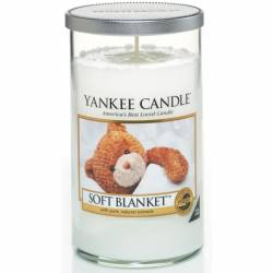 Yankee Candle Pillar Glaskerze mittel 340g Soft Blanket