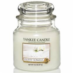 Yankee Candle Jar Glaskerze mittel 411g Fluffy Towels